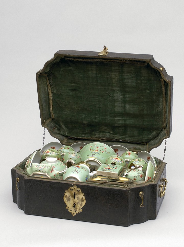 A rare green ground Coffee and Tea Service in a Travelling Case